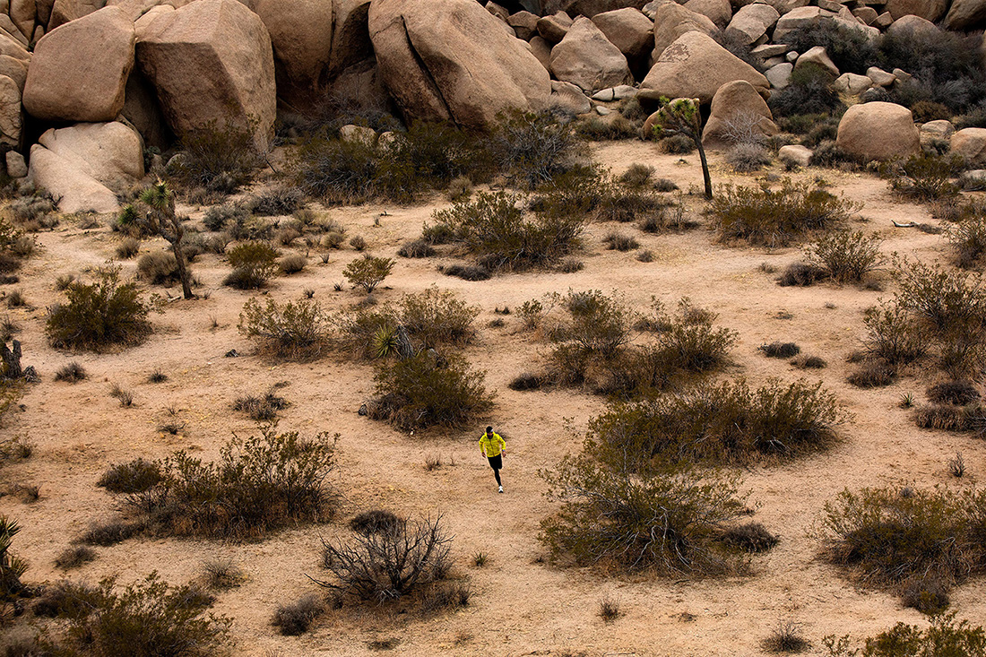 Campaigns and advertising photographed across the U.S. documenting real athletes outdoors as the hiked, climbed, and went trail running throughout every environment.